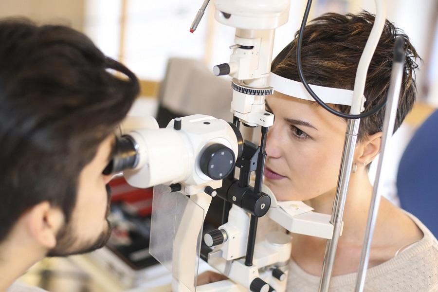 How to Prepare For Your Next Eye Exam in Calgary